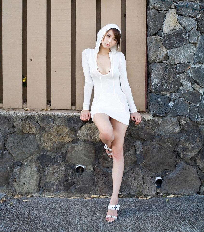 【美脚エロ画像】スラリと伸びた女の子の美脚におもわずナマツバ!www 18