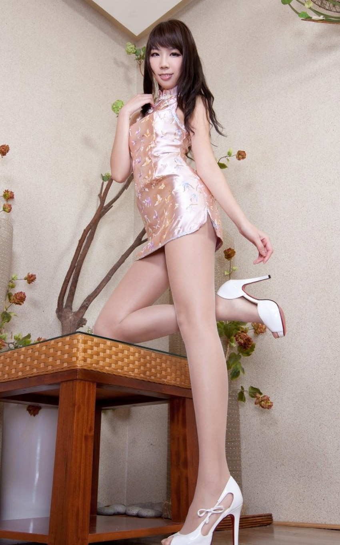 【美脚エロ画像】スラリと伸びた女の子の美脚におもわずナマツバ!www 29