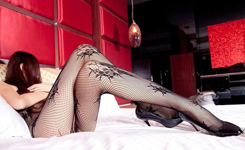【美脚エロ画像】スラリと伸びた女の子の美脚におもわずナマツバ!www 51