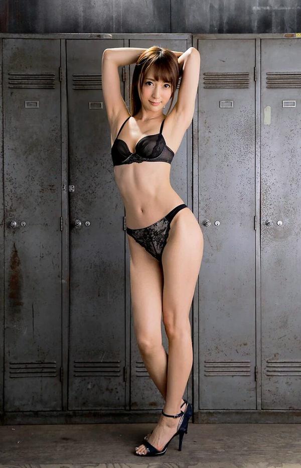 【セクシーランジェリーエロ画像】セクシーさに重点をおいた女の子の下着がこちらw 33
