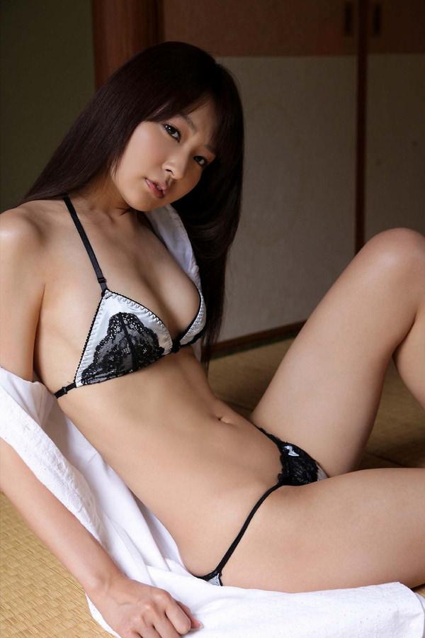 【セクシーランジェリーエロ画像】セクシーさに重点をおいた女の子の下着がこちらw 34