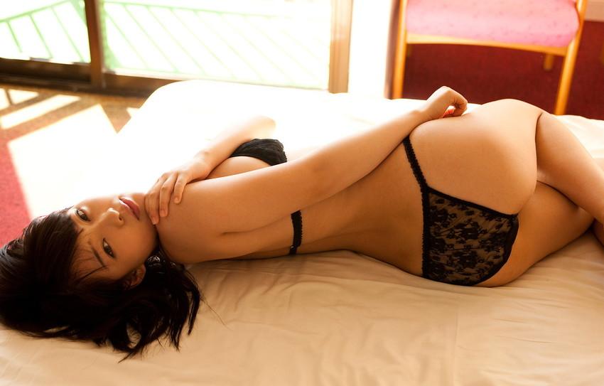 【セクシーランジェリーエロ画像】セクシーさに重点をおいた女の子の下着がこちらw 37