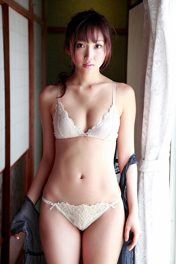 【セクシーランジェリーエロ画像】セクシーさに重点をおいた女の子の下着がこちらw 44