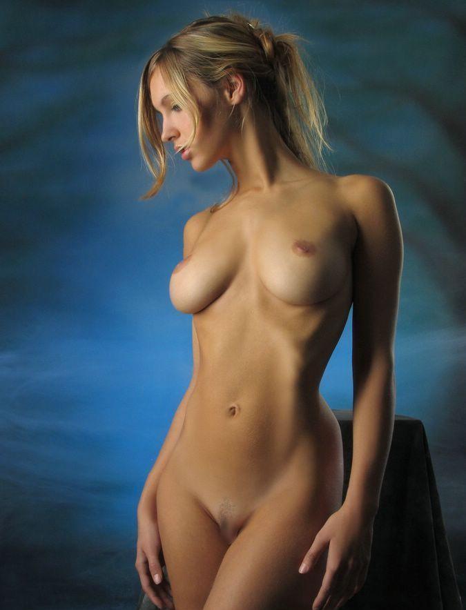 【海外美乳エロ画像】美しすぎる!見とれてしまうほどの海外美乳な女の子たち! 48