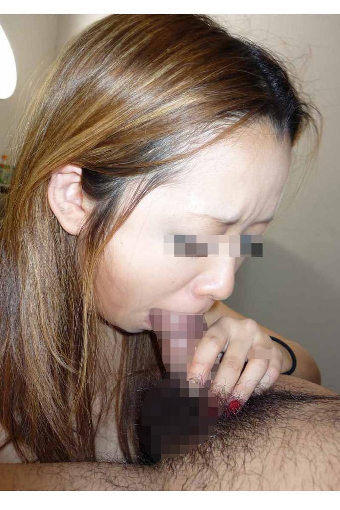 【素人フェラエロ画像】生々しくチンポを咥え込む!素人娘たちのリアルなフェラチオ! 41