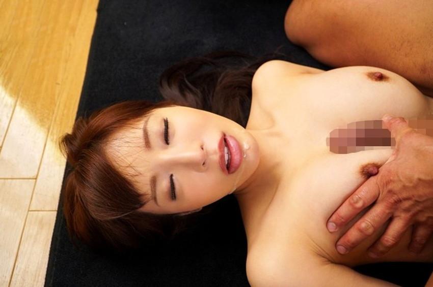 【パイズリエロ画像】巨乳の彼女をもったら絶対にしてほしい奉仕プレイ! 23