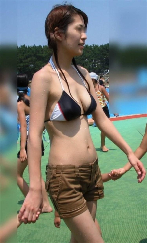 【素人水着エロ画像】夏といえば、やっぱり素人娘たちの水着だよな!?www 48