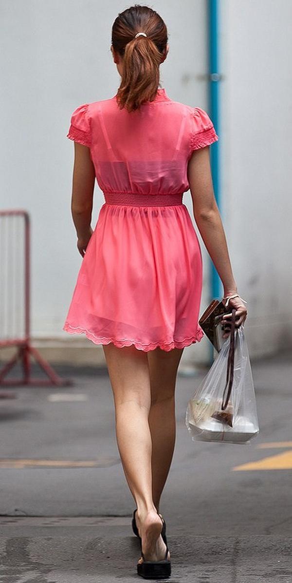 【街撮り美脚エロ画像】スラリと伸びた美脚の女の子を街中でフォーカスしたったw 05