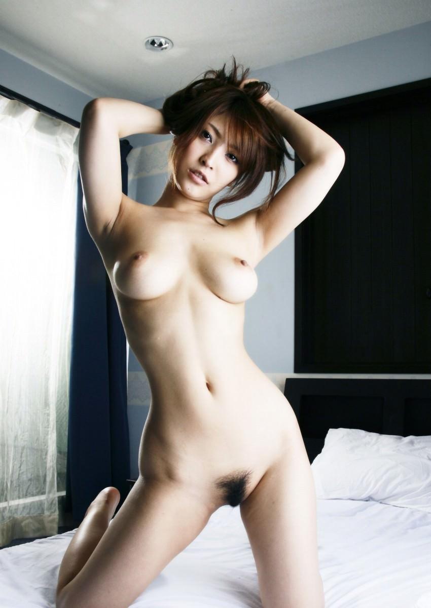 【美乳エロ画像】ワイ将、こんな美乳な彼女が欲しいと切に思う件wwwww 18