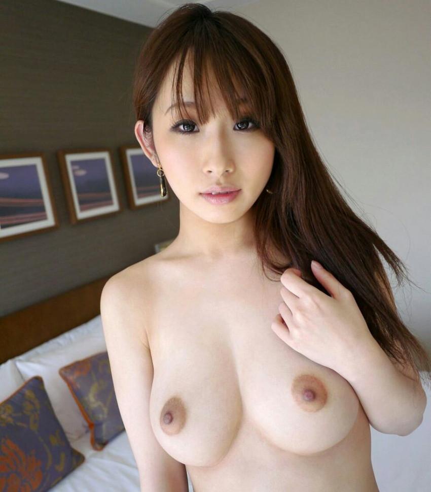 【美乳エロ画像】ワイ将、こんな美乳な彼女が欲しいと切に思う件wwwww 33