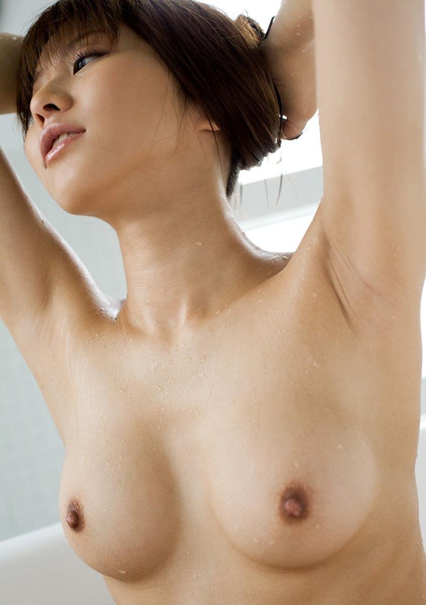 【美乳エロ画像】ワイ将、こんな美乳な彼女が欲しいと切に思う件wwwww 52