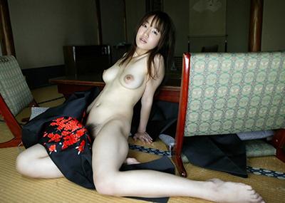 【和服エロ画像】和服姿の女の子たちにみる日本人ならではの艶姿wwww
