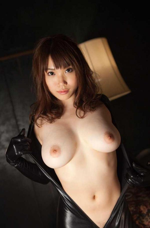 【美乳エロ画像】こんな美乳の彼女もったら毎日セックス三昧だろ!?www 15