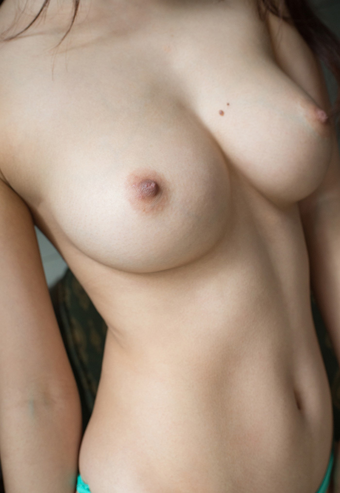 【美乳エロ画像】こんな美乳の彼女もったら毎日セックス三昧だろ!?www 17