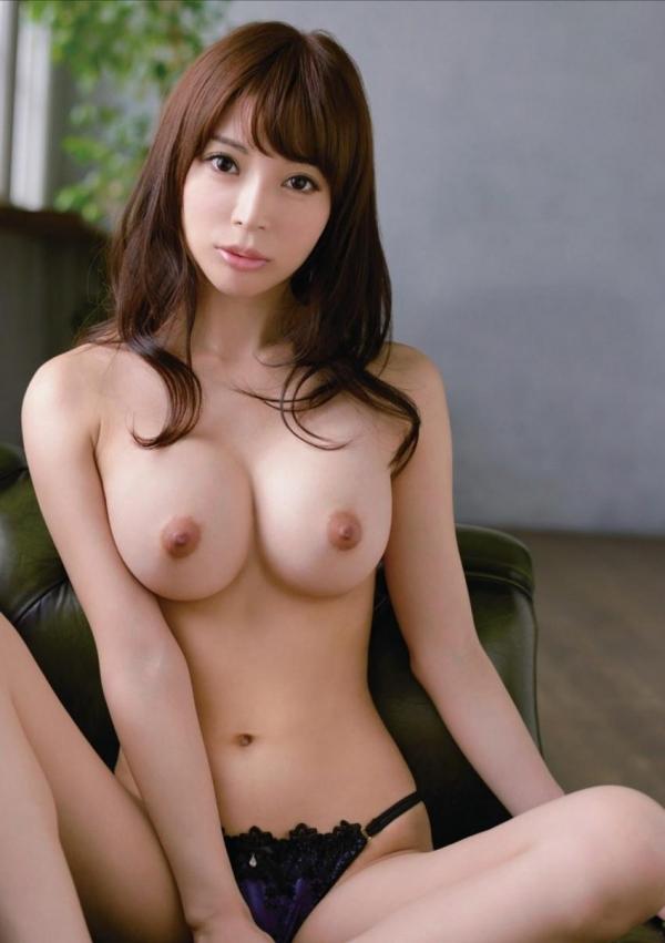 【美乳エロ画像】こんな美乳の彼女もったら毎日セックス三昧だろ!?www 34