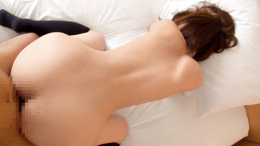 【バックエロ画像】後背位!女の子のお尻をながめながらハメまくるセックス! 24