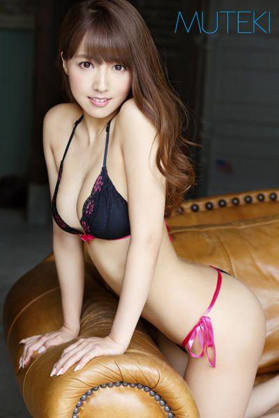 【三上悠亜エロ画像】元SKE人気投票ナンバーワンアイドルがAVで活躍!?ww 04