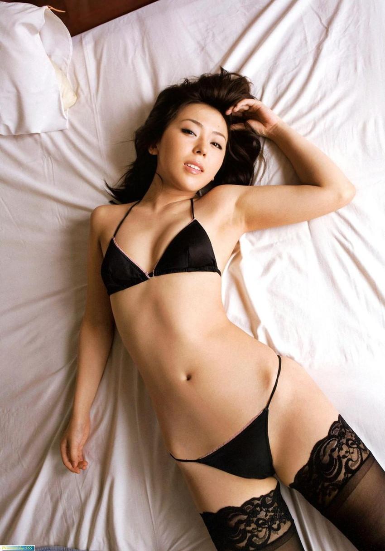 【ランジェリーエロ画像】女の子の下着姿にフル勃起!改めて見ると下着姿もイイ! 34