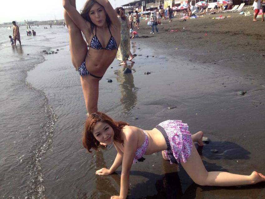 【素人水着エロ画像】素人娘たちの生々しい水着画像がめっちゃシコだなw 12