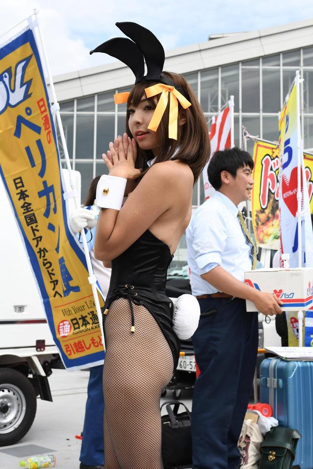 【コミケエロ画像】これがコミケか!?まるで過激衣装の露出大会!wwww 26