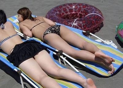 【素人水着エロ画像】いよいよ夏終了間近!素人娘たちの水着姿も見納めか!?