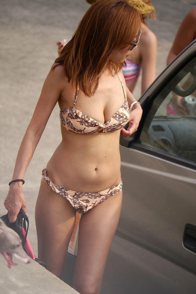 【素人水着エロ画像】いよいよ夏終了間近!素人娘たちの水着姿も見納めか!? 06