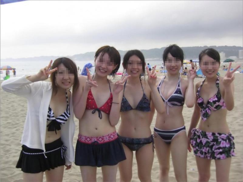 【素人水着エロ画像】いよいよ夏終了間近!素人娘たちの水着姿も見納めか!? 18