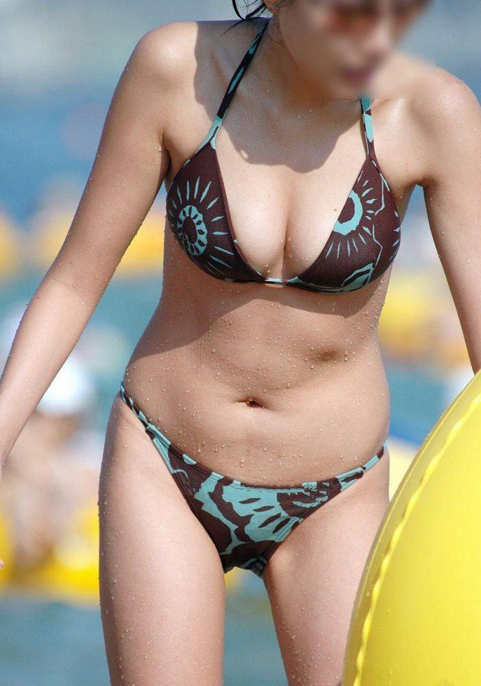 【素人水着エロ画像】いよいよ夏終了間近!素人娘たちの水着姿も見納めか!? 24