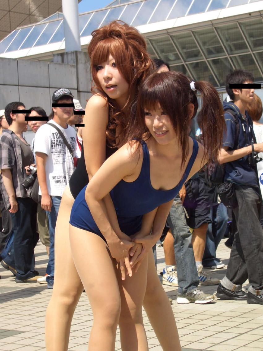 【コミケエロ画像】露出過多!過激衣装で大衆の面前にたつ素人コスプレイヤー! 05