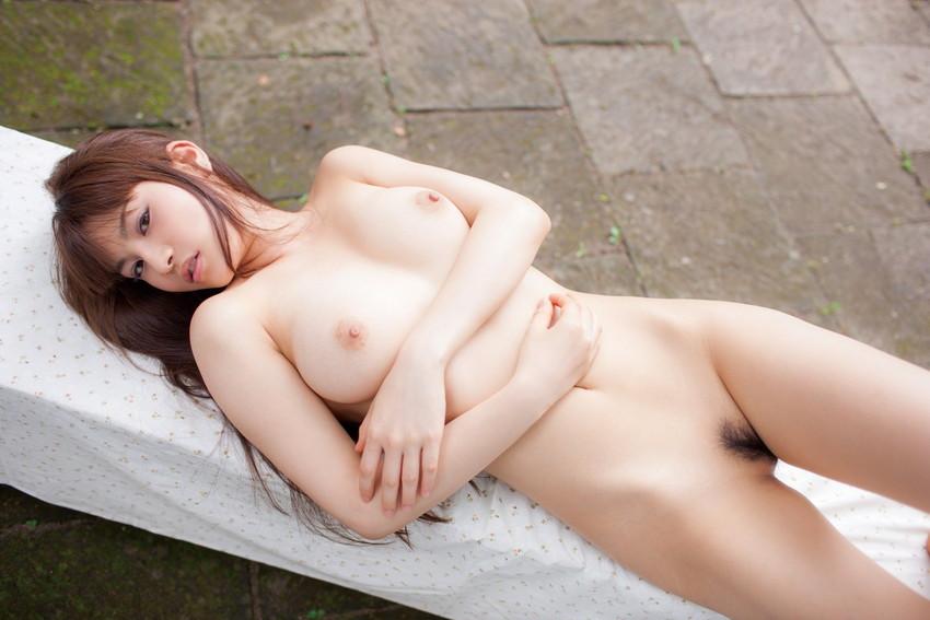 【美乳エロ画像】ワイ将!こんな美乳の彼女が欲しかった!美乳特集! 47
