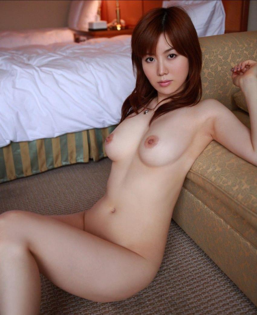 【美乳エロ画像】ワイ将!こんな美乳の彼女が欲しかった!美乳特集! 51
