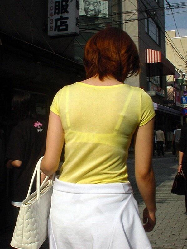 【素人着衣透けエロ画像】故意か不本意か?これじゃ着衣が透けて丸見えだろ!? 16