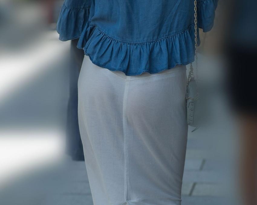 【素人着衣透けエロ画像】故意か不本意か?これじゃ着衣が透けて丸見えだろ!? 27