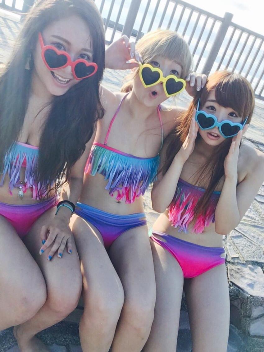 【素人水着エロ画像】素人の女の子たちの生々しい水着姿に勃起不可避!www 48