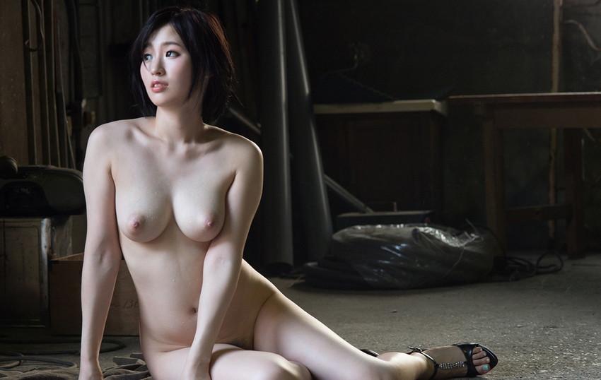 【ヌードエロ画像】美しすぎるフルヌード!全裸の女体はまさにアートだなwww 37