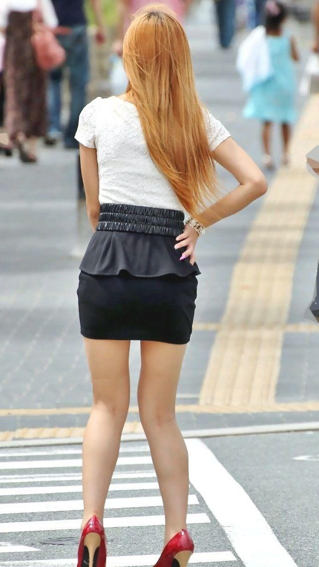 【街撮り美脚エロ画像】街中で見かけた美脚な女の子の画像集めたったwww 10