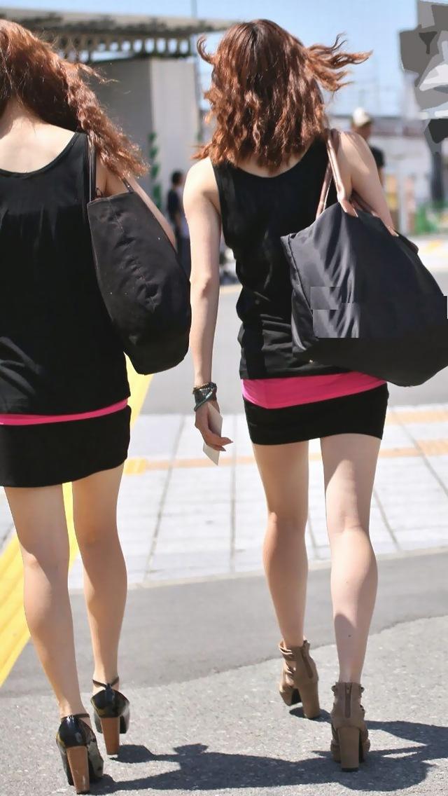 【街撮り美脚エロ画像】街中で見かけた美脚な女の子の画像集めたったwww 45