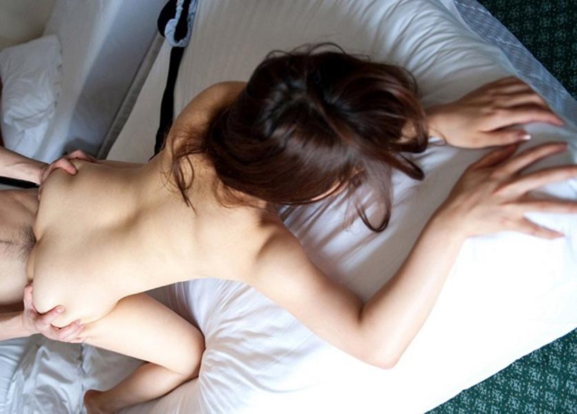 【バックエロ画像】バックスタイルでセックスしている男女のエロ画像 55