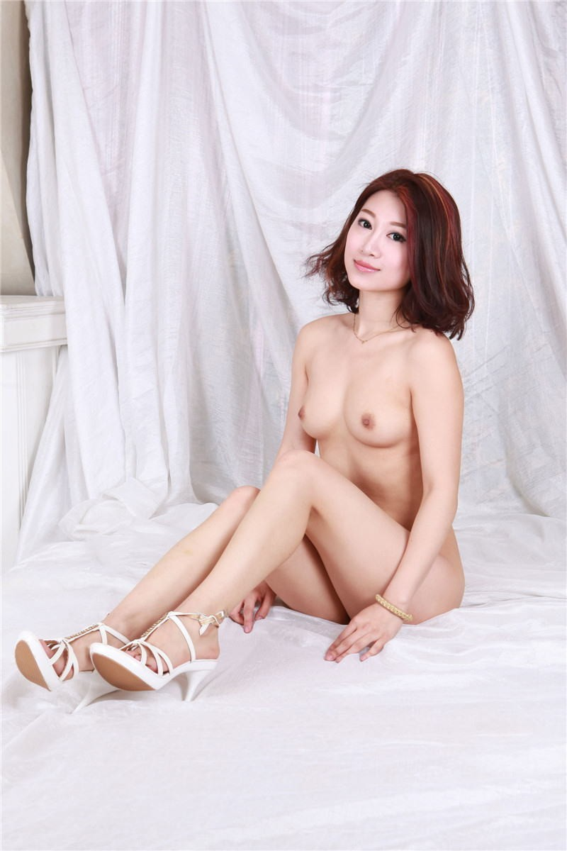 【フルヌードエロ画像】女の子の裸!全裸をテーマにエロ画像集めたったwww 04