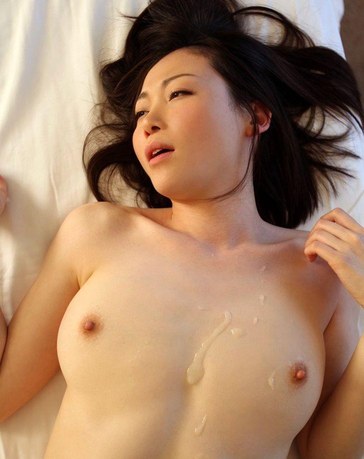 【ぶっかけエロ画像】女の子の体の至る所に男汁をぶっかけた結果wwww 34