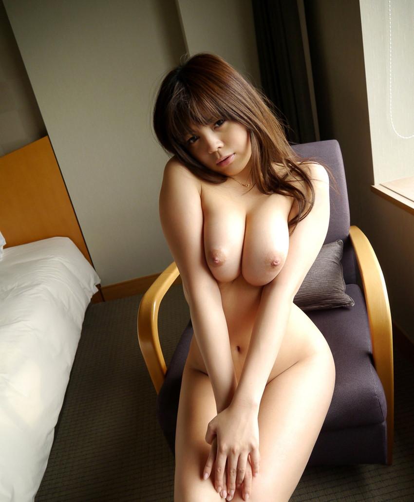 【美乳エロ画像】思わずナマツバ!こんな美乳の彼女がいたら人生の勝ち組!www 17