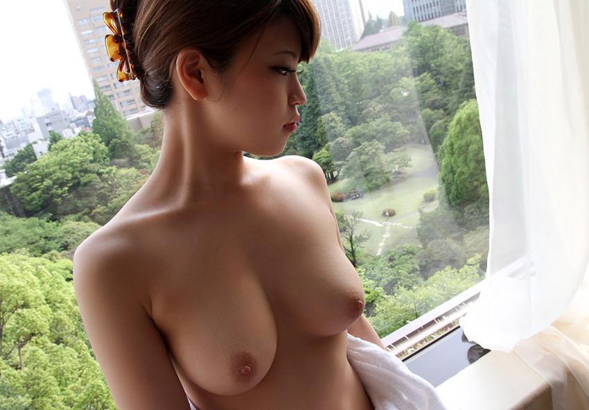 【美乳エロ画像】思わずナマツバ!こんな美乳の彼女がいたら人生の勝ち組!www 53