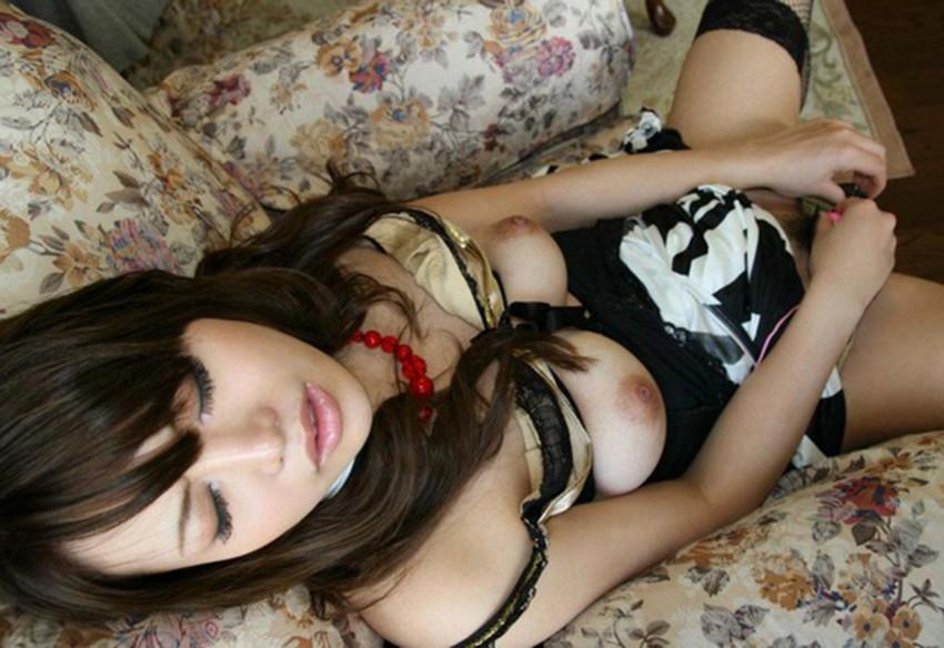 【ローターオナニーエロ画像】ローターの刺激にうっとりオナニーする女エロ杉! 11