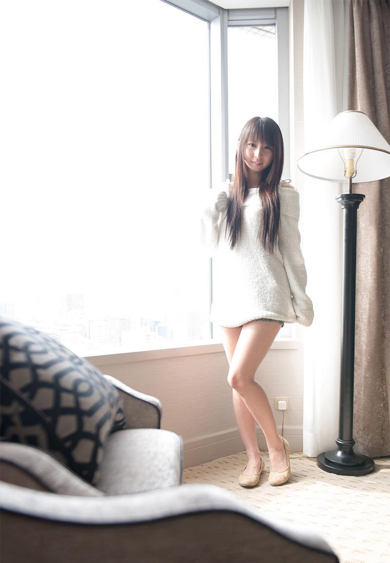 【美脚エロ画像】美しすぎる美脚!ナマツバ飲み込みそうな美脚の女の子! 08