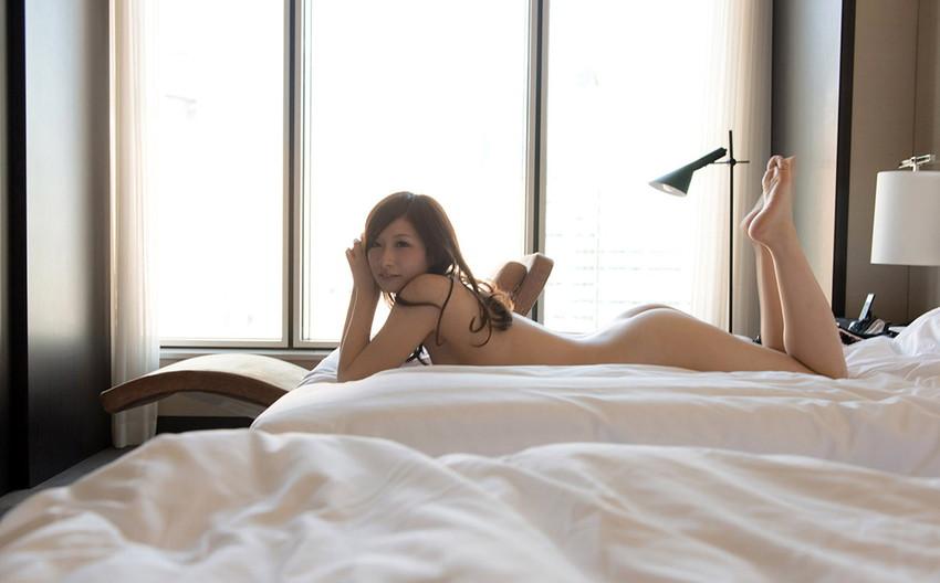 【フルヌードエロ画像】一糸まとわぬ生まれたままの姿の女性は美しい! 13