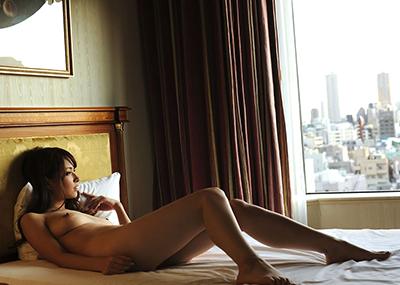 【フルヌードエロ画像】一糸まとわぬフルヌード!エロスの原点といえばやっぱり全裸!?