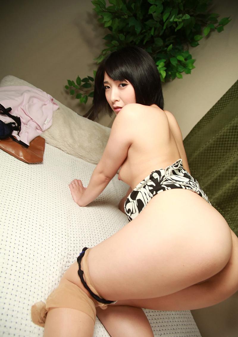 【美尻エロ画像】美しすぎて萌え!美尻に値する女の子達のお尻特集! 39