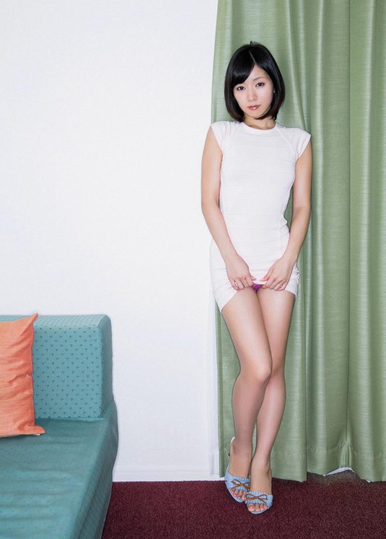 【セルフパンチラエロ画像】女の子側からパンチラみせつけるセルフパンチラw 09