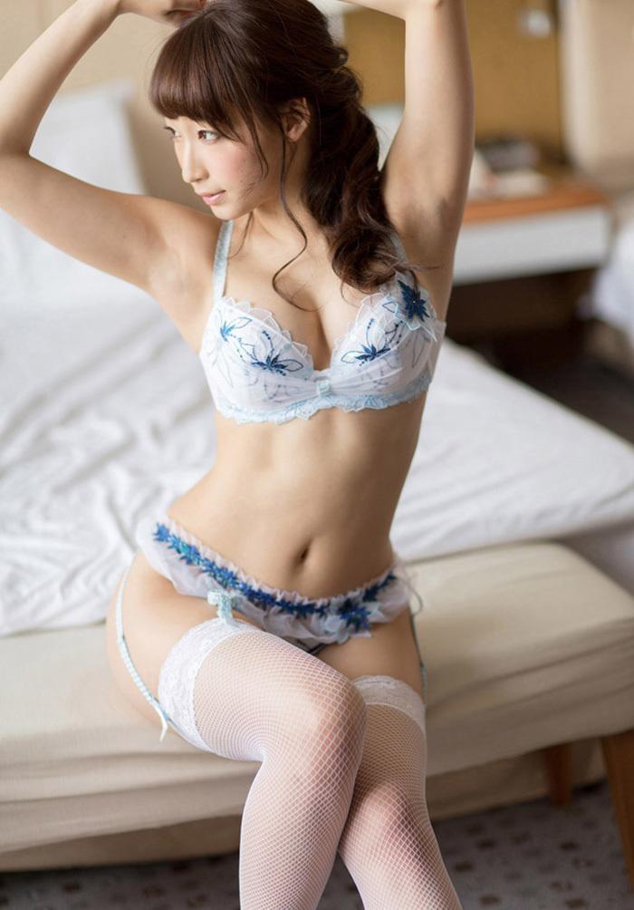 【勝負下着エロ画像】今夜が勝負!?だれが言ったか勝負下着を着用している女の子! 47