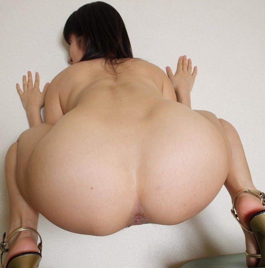 【アナルエロ画像】オマンコよりも見られると恥ずかしいという尻の穴を見せ付ける! 54